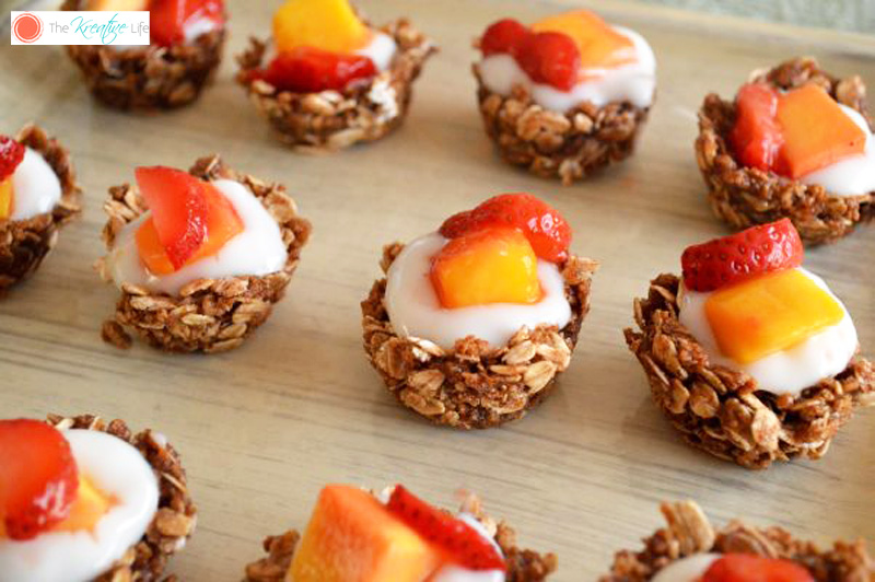 Granola Yogurt Cups - The Kreative Life