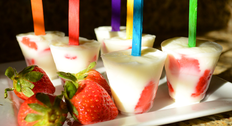 Strawberry Yogurt Pops - The Kreative Life