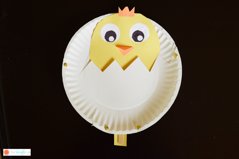 Spring is a fun time to make your very own paper plate spring craft with your kids. This peek-a-boo chick kids spring craft is so cute peeking it's head out of it's little shell!