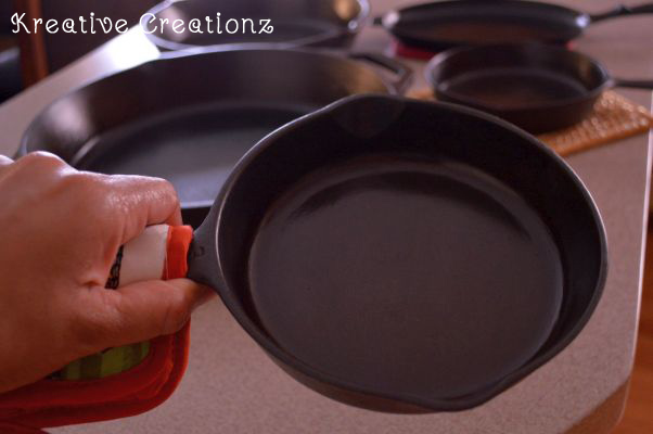 How To Clean and Season a Cast Iron Skillet - The Kreative Life