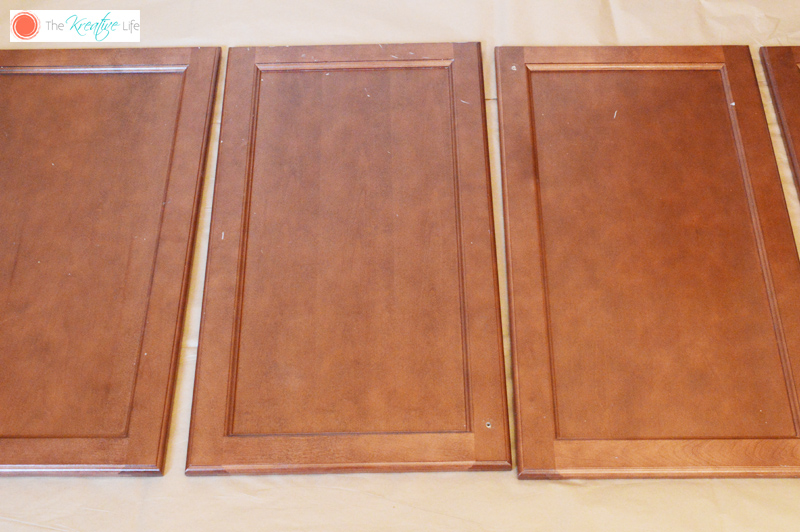 rustoleum cabinet transformations review Some friends wanted to update their kitchen by refinishing their oak cabinetsthey asked me about the rustoleum cabinet transformation productto say the least i was.