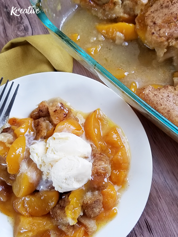Easy Southern Peach Cobbler